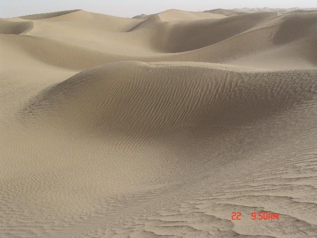 乌鲁木齐-喀什-英吉沙-和田-民丰-塔克拉玛干沙漠