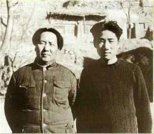 ...朝鲜一方的桥面被齐斩斩地炸掉.这就是朝鲜战争的历史见证!...