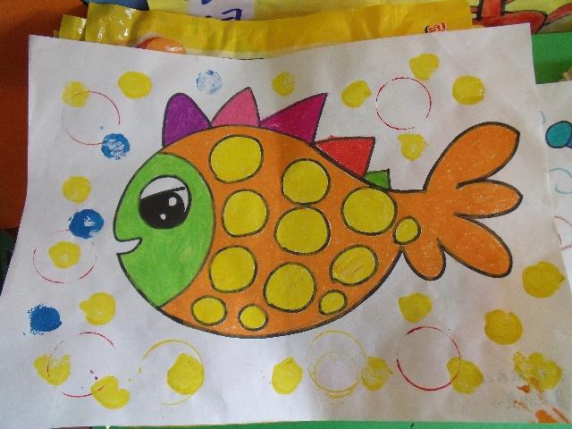 绘画兴趣班范画-幸福的孩子爱唱歌-搜狐博客图片
