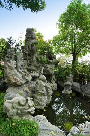 景观特点多奇石假山、竹林高木,除景观本身外更强调景观所表达的