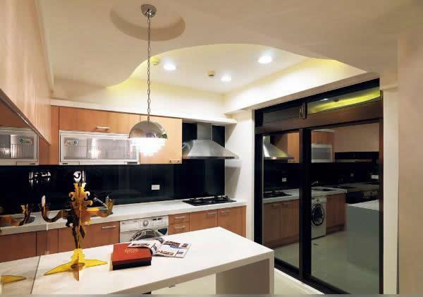 为您展示一些经典欧式厨房装修效果图