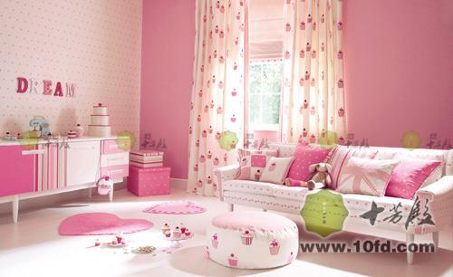 粉色別墅客廳裝修圖
